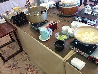 湯豆腐、信州蕎麦