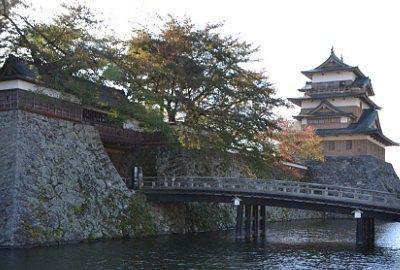 諏訪高島城とお堀