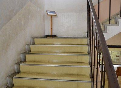 諏訪高島城の階段