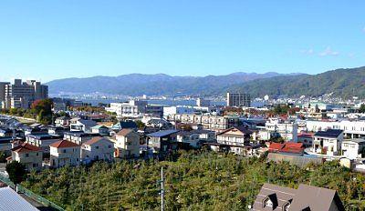 諏訪高島城から見えた諏訪湖の景色