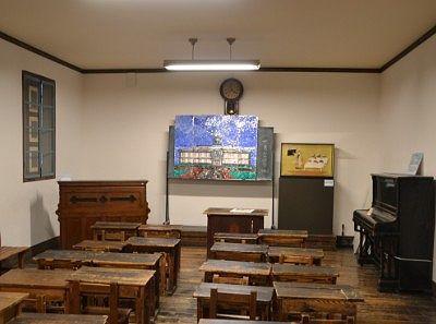 開智学校当時の教室の様子