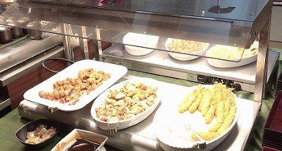 海老フライ、鶏香草焼き、油淋鶏