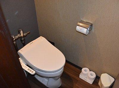 3階和洋室のトイレ
