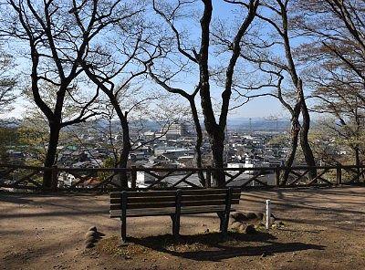 本丸から見た市街地の景色