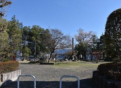 貫前神社境内前にあった公園