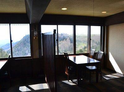 レストランの眺めの良い席