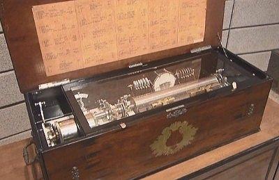 スイス製インターチェンジャブルシリンダーオーケストラボッックス