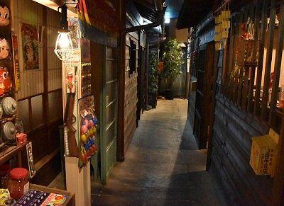 昭和の民家の通り