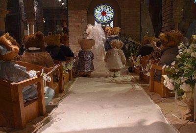 TEDおじいさんが若かりし頃の結婚式の様子