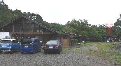 駐車場と小さな万華鏡美術館の位置関係