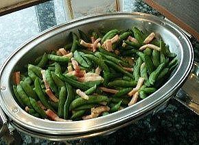 ベーコンとえんどう豆のソテー