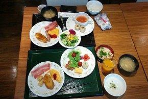 朝食バイキングの料理