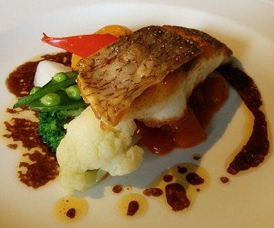 鯛のメイン料理