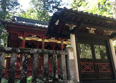 唐門と本殿