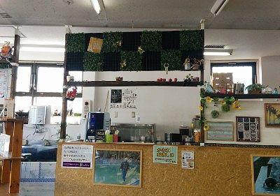 松月氷室大谷橋店の店内の様子