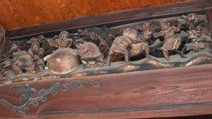 青蓮寺本堂の彫刻