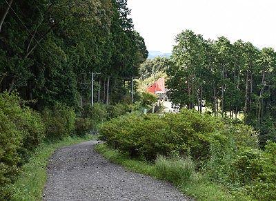 遊歩道奥宝登山小動物公園