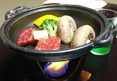 上州牛陶板焼き 黄青椒、ブロッコリー、シイタケ