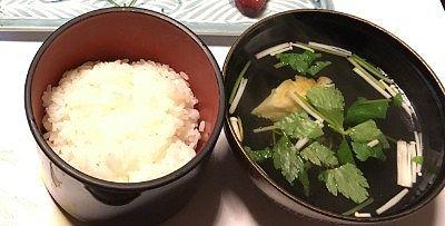 佐渡産こしひかりのご飯と焼きカレイの吸い物