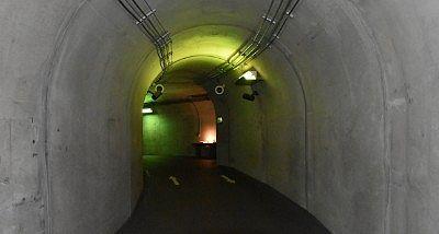 清津峡渓谷トンネル内の様子