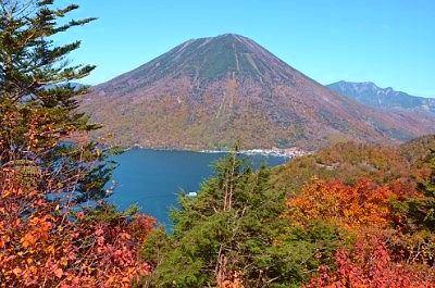 中禅寺湖展望台からの紅葉