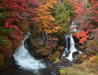 秋の竜頭の滝