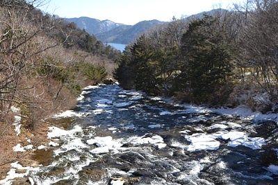 冬の竜頭の滝上からの景色