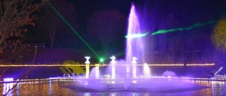 噴水とレーザー光線