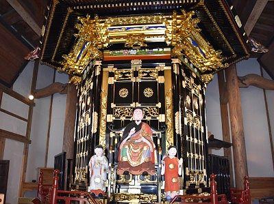 智泉閣(経蔵)