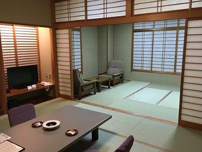 湯ノ沢館呉竹の部屋の様子
