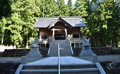 八海神社社殿
