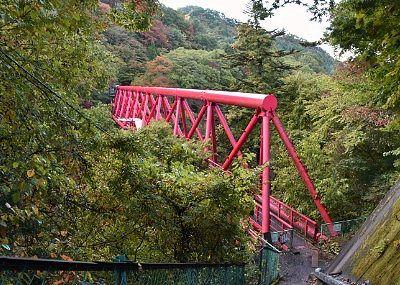 駒形峡にかかる赤谷水管橋
