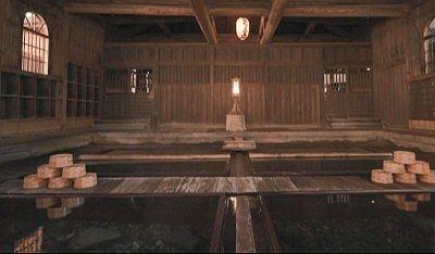 法師の湯の浴場の様子
