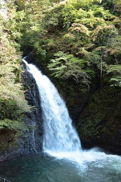 台風で増水した大仙の滝