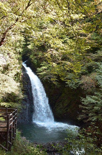 観瀑台と大仙の滝