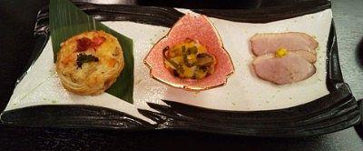パイ包みやハム、海鮮和えなどの前菜
