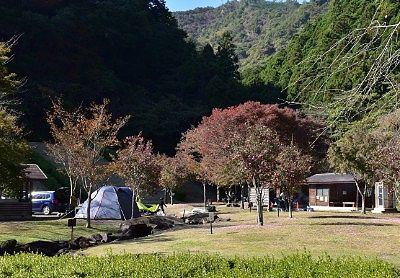 まつだ湖畔キャンプ場の様子