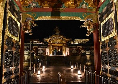 夜叉門の門と唐門