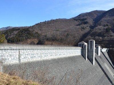 ダム横からの景色