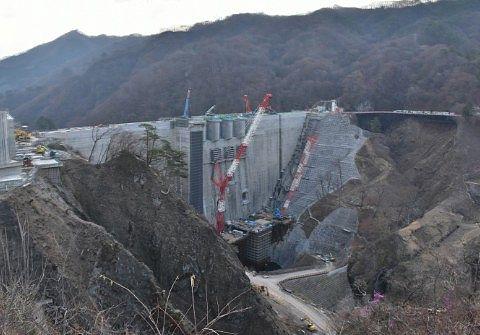 工事中だった時の八ッ場ダム