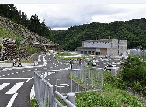八ッ場ダム周辺の様子
