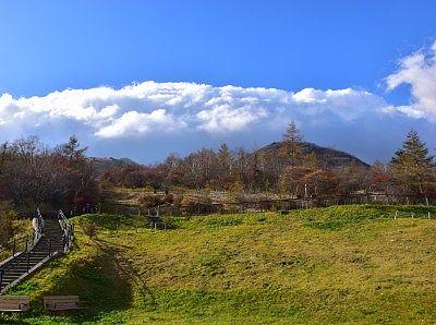 秋の霧降高原キスゲ平園地