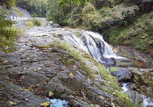 つづみの滝