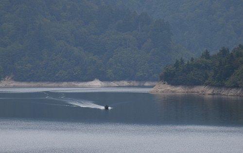 湖上のボート