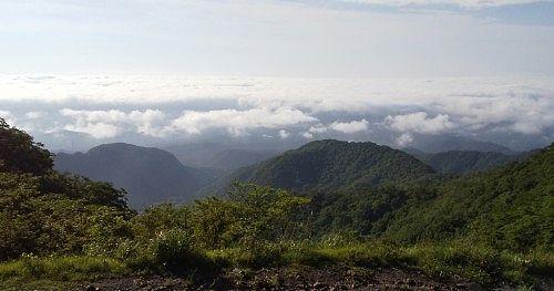 旧赤城山頂駅からの雲海の景色