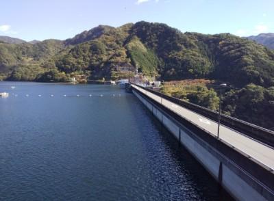 草木湖天端道路
