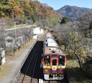 神戸駅に到着するわっしー号