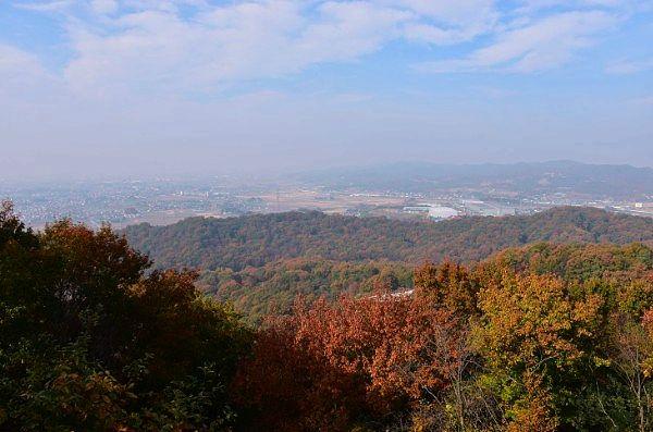 物見台から紅葉の景色