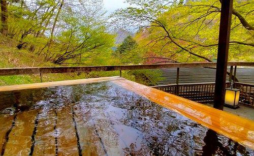 山女の湯露天風呂からの景色
