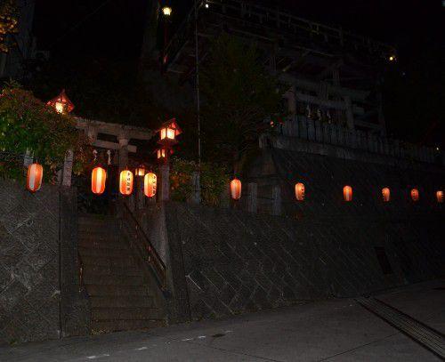 夜の赤城神社